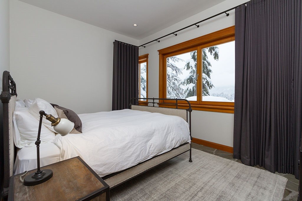 Peak Chalet Whistler Luxury Vacation Bedroom