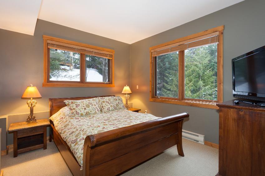 Taluswood The Ridge 14 Ski In Ski Out 6 Bedroom (12)