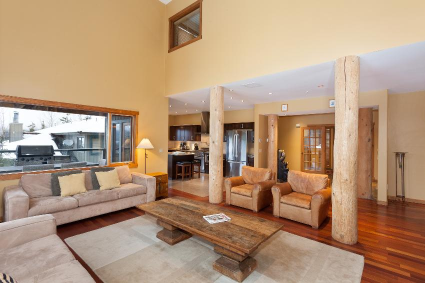 Taluswood The Ridge 14 Ski In Ski Out 6 Bedroom (2)