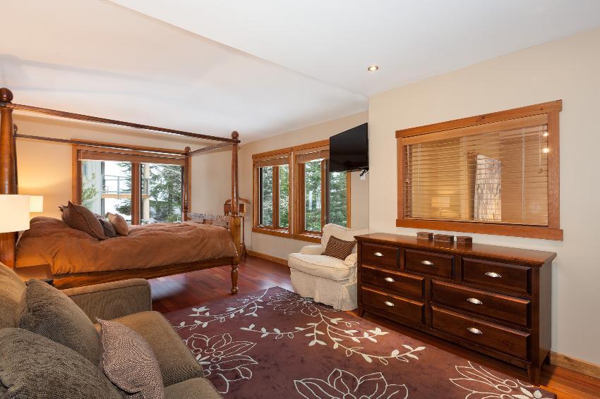 Taluswood The Ridge 14 Ski In Ski Out 6 Bedroom (8)