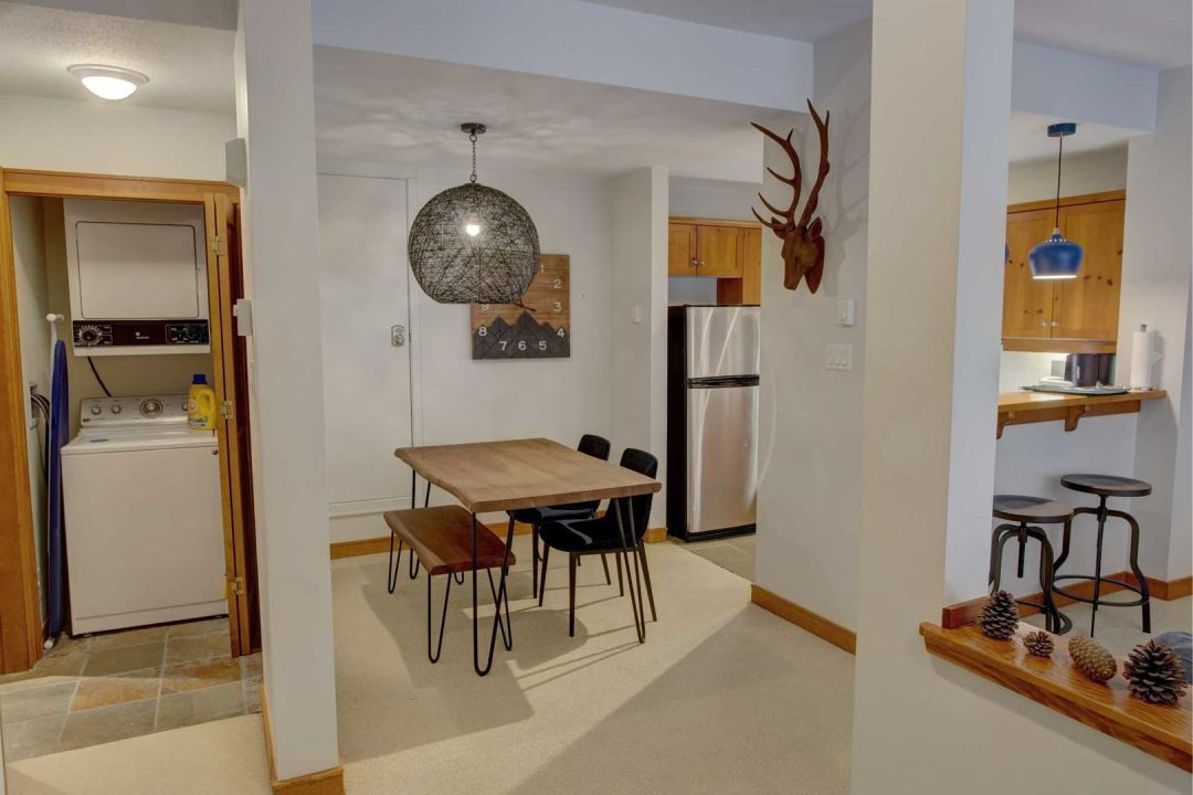 The Woods 1 Bedroom Unit #19 DR