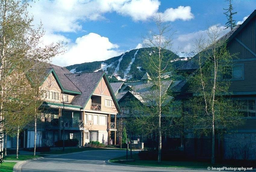 Whistler Village 4 Bedroom Valhalla (