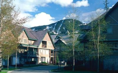 Accommodation Whistler Village – Valhalla