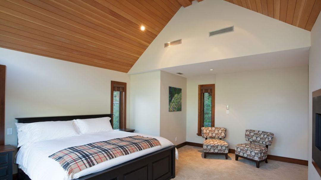 Whistler 8 Bedroom Rental Home Bed
