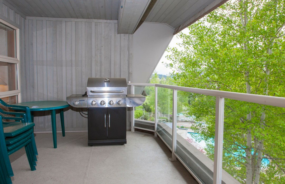Whistler Accommodation Aspens on Blackcomb 563 Deck with BBQ
