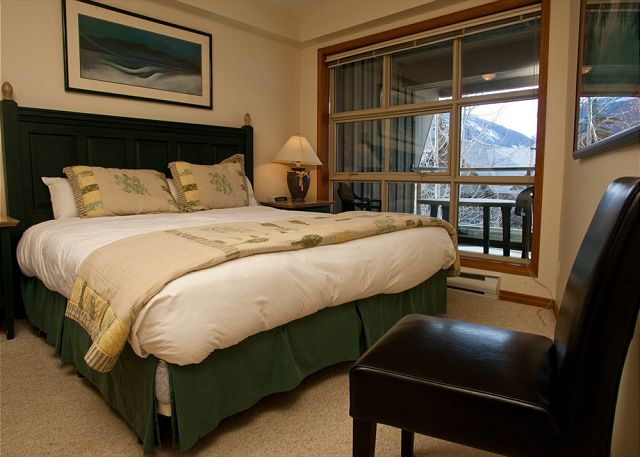 Whistler Accommodation Aspens on Blackcomb 563 Master