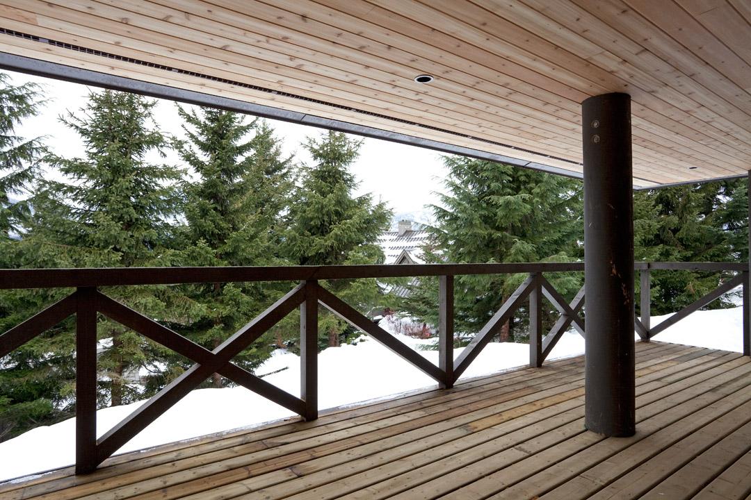 Whistler Accommodation Pinnacle Ridge 21 Deck