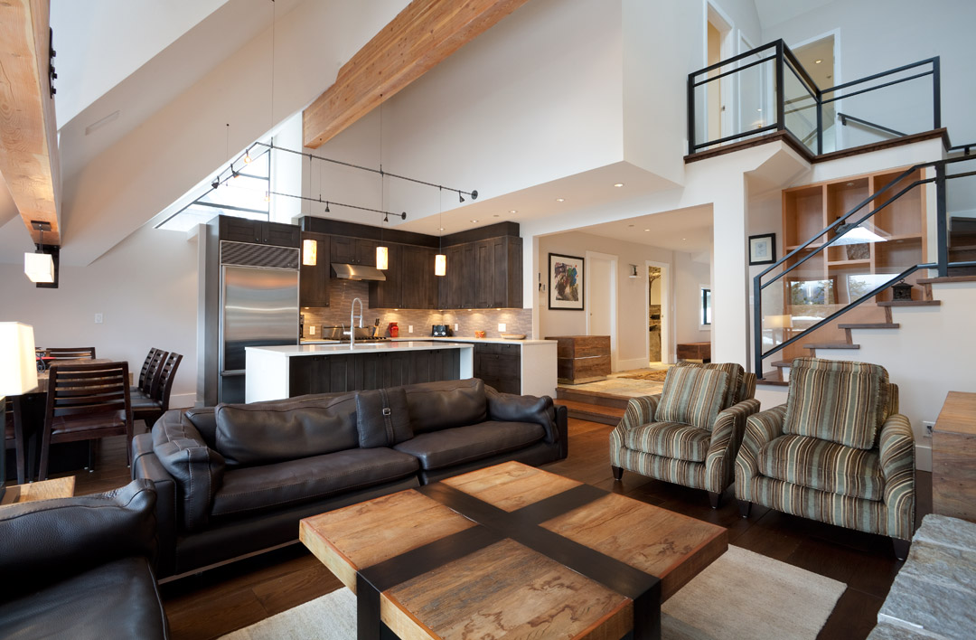 Whistler Accommodation Pinnacle Ridge 21 Living Area