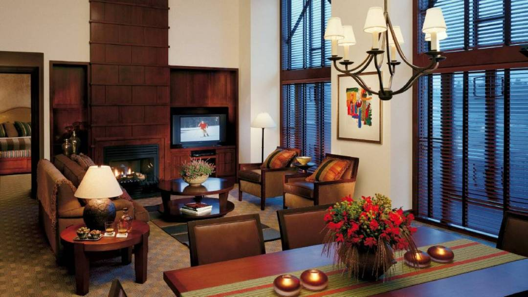 Whistler Four Seasons Resort 2 Bedroom Premier Executive Suite