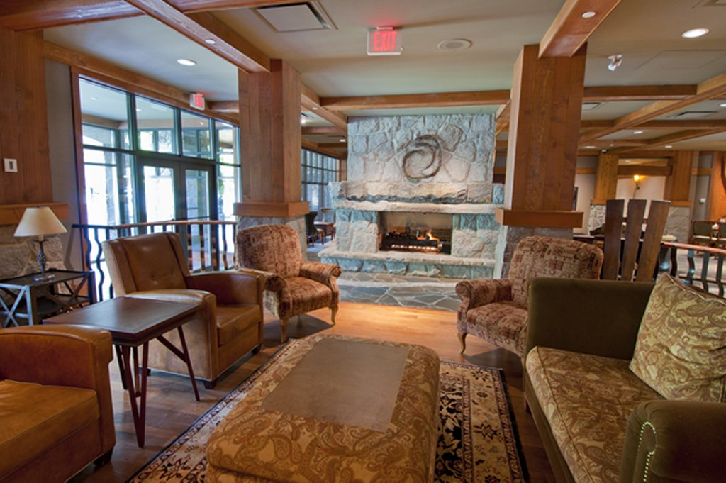 Whistler Luxury Hotels Ski In Ski Out First Tracks Lodge Lobby 2