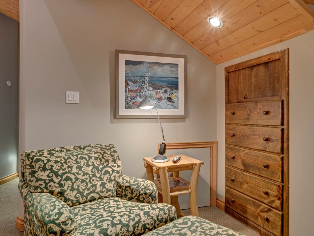 Whistler Luxury Ski In Ski Out 5 Bedroom Chalet Home (22)
