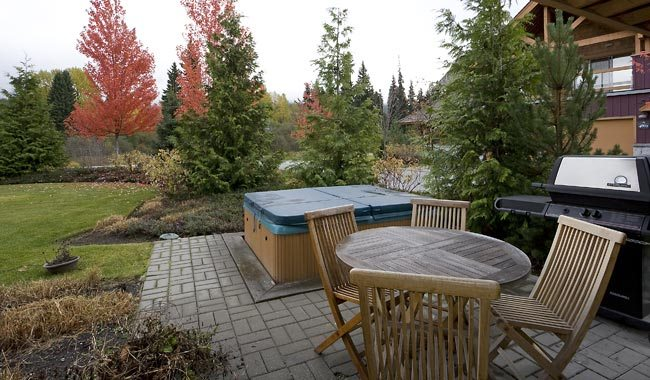 Whistler-Montebello-Village-Townhomes-1