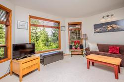 Whistler Mountain Rental House 6 Bedroom (28)