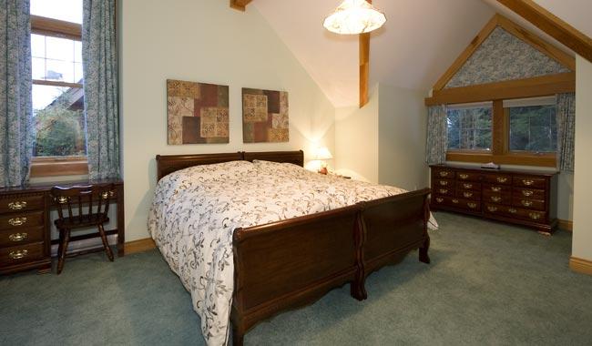 Whistler Six Bedroom Chalet (6)