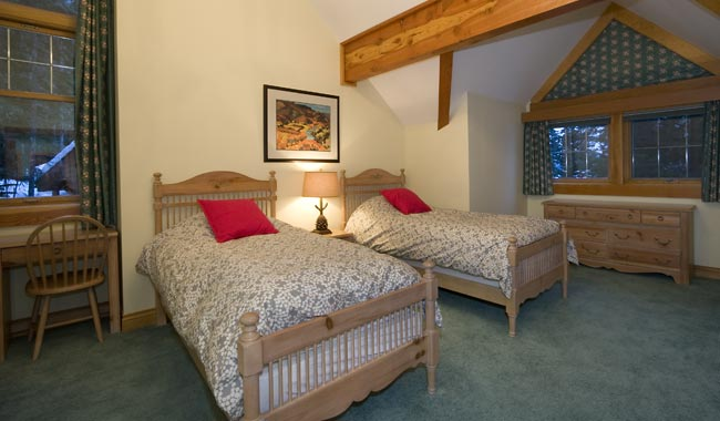 Whistler Six Bedroom Chalet (8)