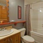 Whistler The Legends Bathroom