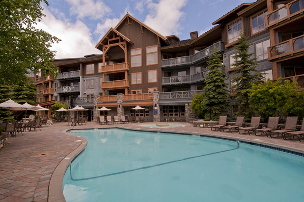 Whistler The Legends Pool