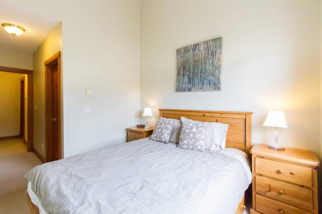 Whistler Village Accommodation - Granite Court Master