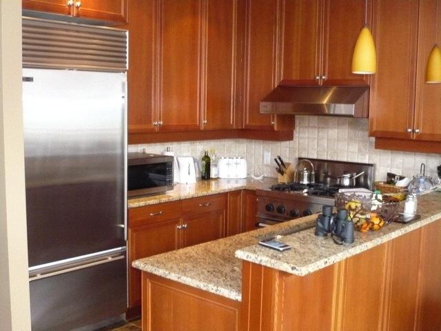 taluswood_heights_kitchen