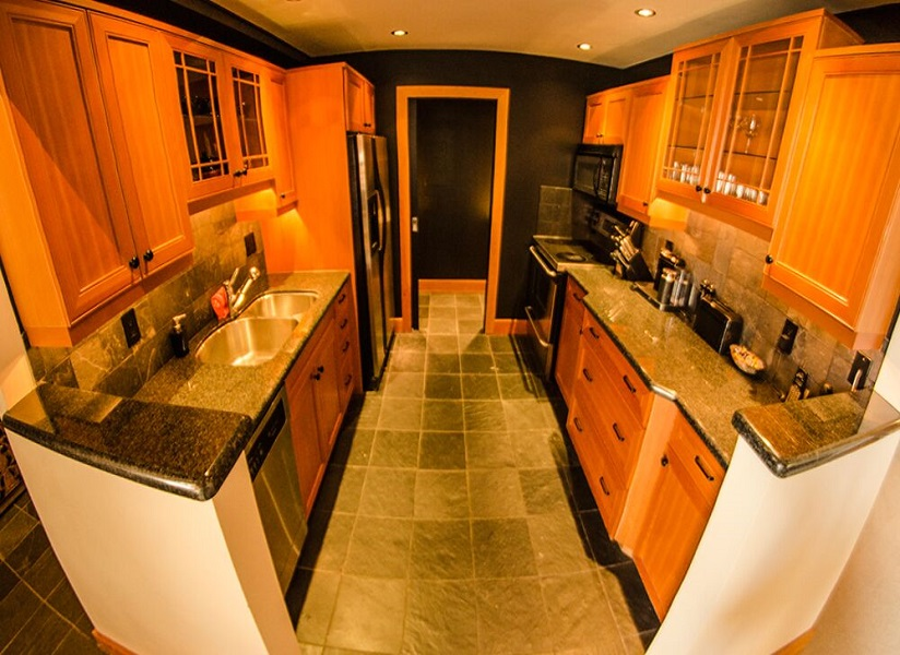 whistler village penthouse kitchen