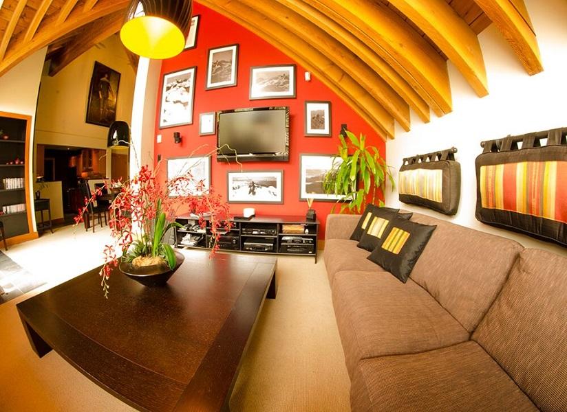 whistler village penthouse living room