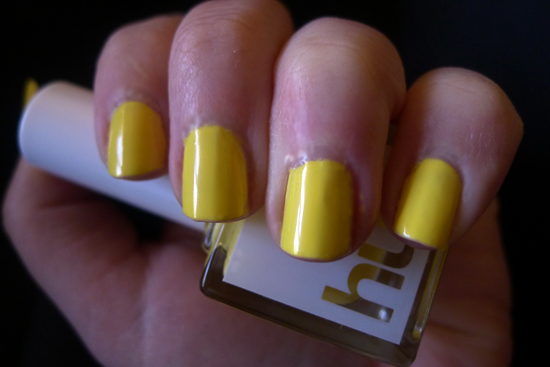 SquareHue April 2013 Review – The Bloom Collection - Yellow Submarine