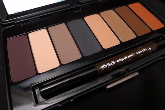 Kat Von D True Romance Eyeshadow Palette - Ladybird