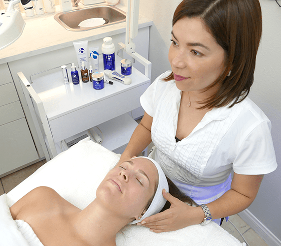 skin-by-carla-top-beauty-facial-los-angeles-skin-care-anti-aging-beverly-hills-west-hollywood