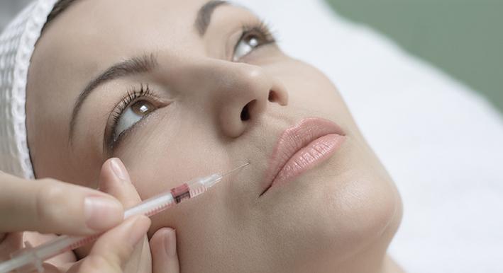 Injektionen für Mesotherapie-Effekte zur Gewichtsreduktion