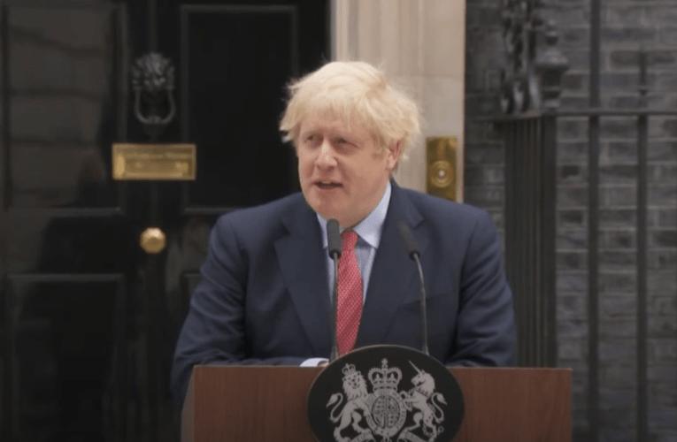 Bretar fá bóluefni fyrir jól segir Johnson