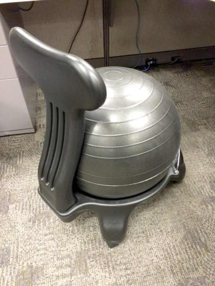 balance-bar-chair