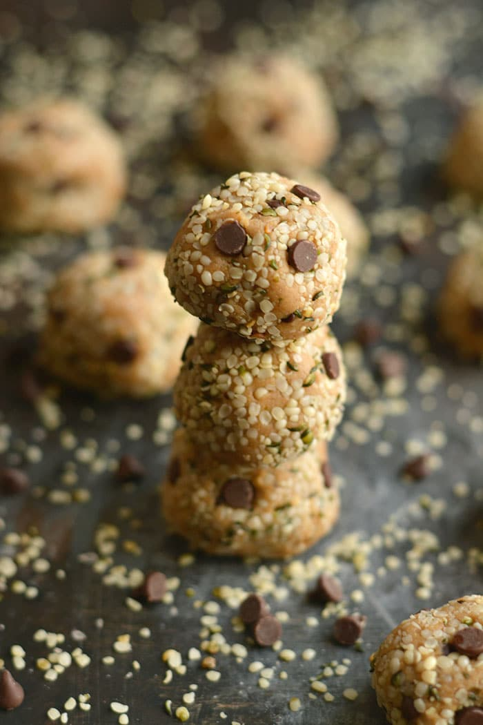 Hemp Seed Energy Bites made with creamy nut butter, chocolate & oat flour. High in omega-3 & low in sugar, a healthy 125 calorie snack perfect for on the go! Gluten Free + Low Calorie + Vegan