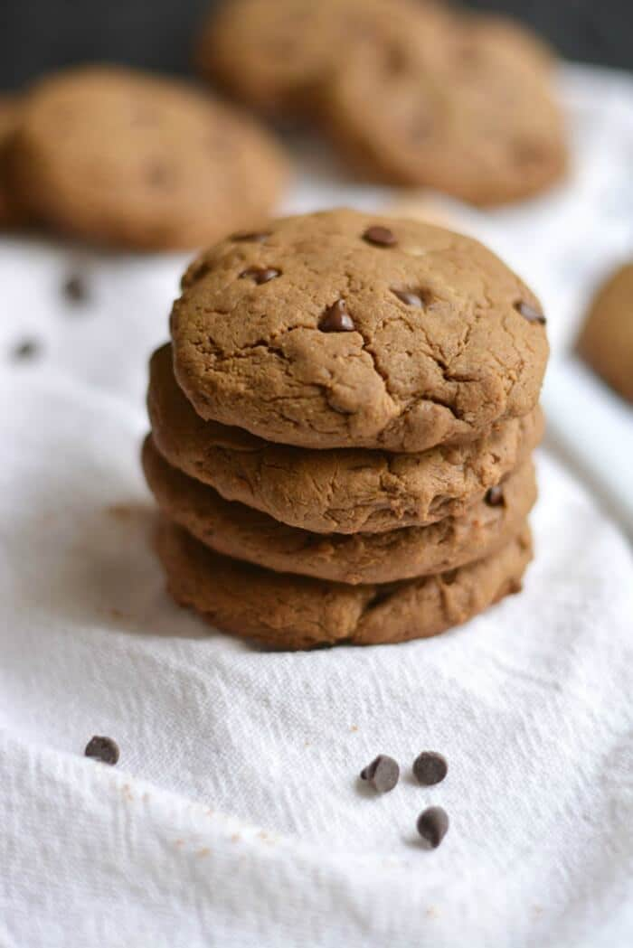 Thick & chewy Chocolate Peanut Butter Protein Cookies made with whole food ingredients, no oil or refined sugar. Just real food! An outrageously delicious snack that's only 69 calories. Gluten Free + Low Calorie + Dairy Free + Vegan