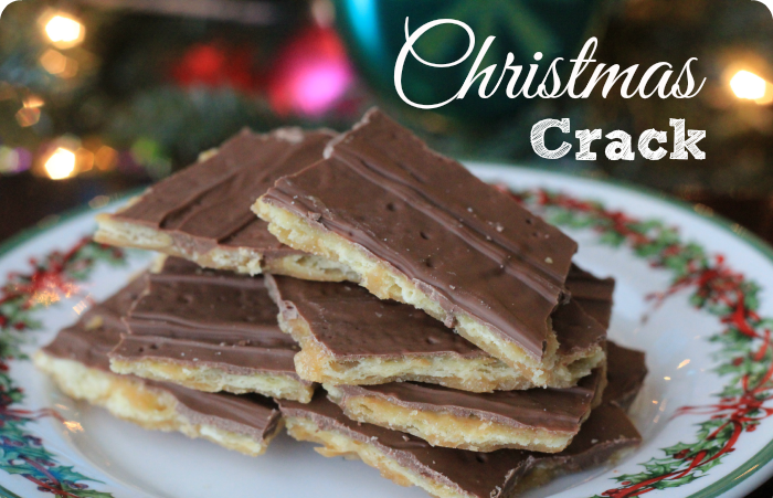 CHRISTMAS CRACK COOKIE BITES – BEST COOKIES EVER!