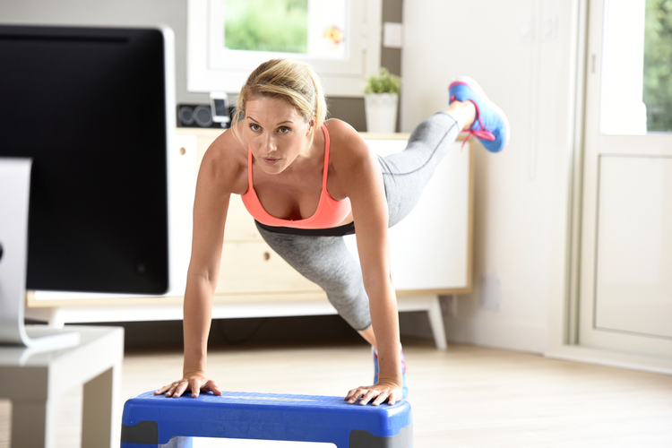 8 Exercises You Can Do While Watching TV