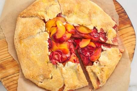 4-Ingredient Strawberry Peach Tart