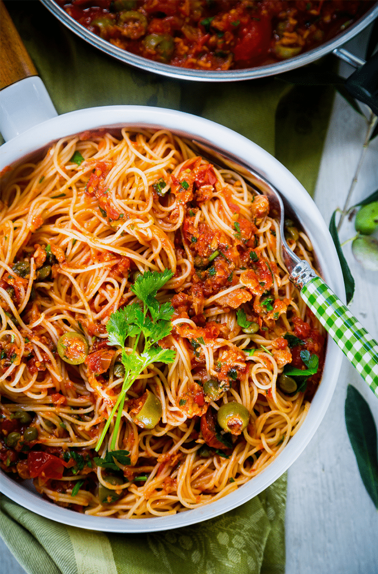 A rich pasta dish with the best Mediterranean flavors.