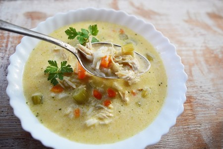 Easy Slow Cooker Chicken & Rice Soup