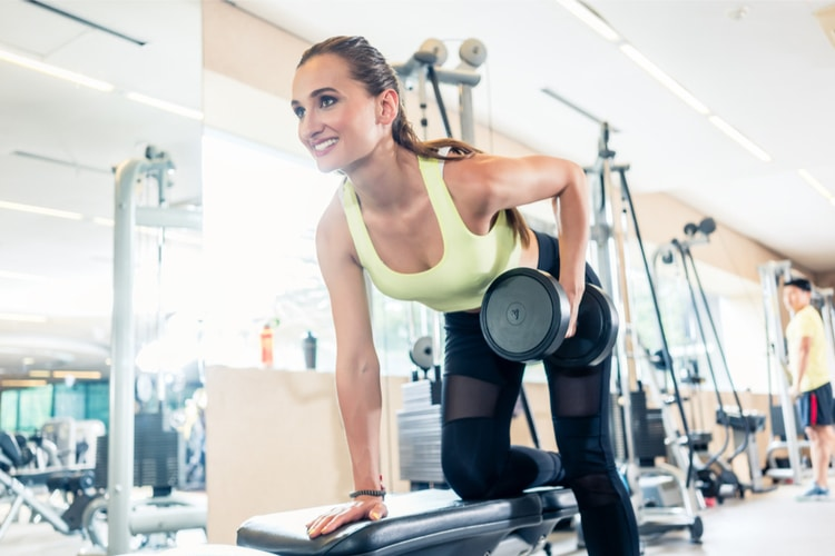 Improve your posture, fix back pain and get a strong upper body with this Best 15-Minute Back Workout for Women