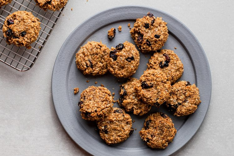 Fruit and oat biscuits