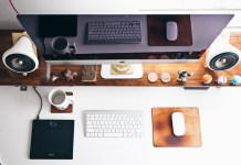 imac and desk essentials