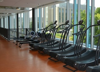 reasons for choosing steady-state cardio over hiit, treadmill