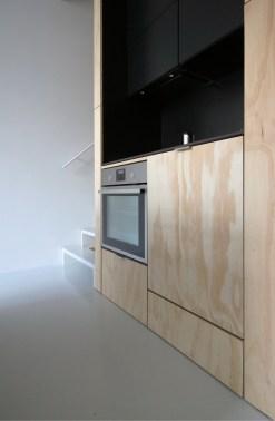 skinnyscar-08-v0-kitchen