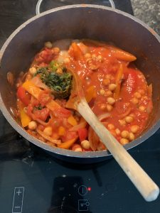 chickpea curry in the pan