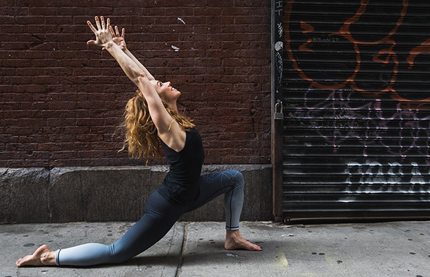 The 3-Pose Yoga Flow to Wake You Up