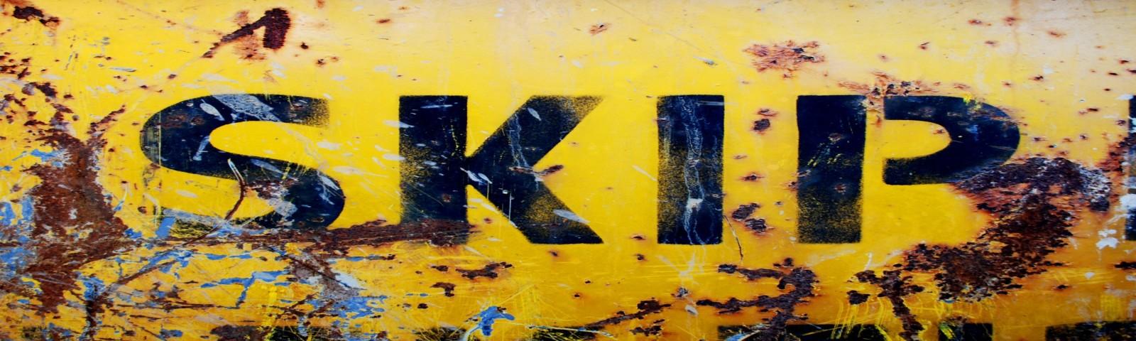 Yellow_skip_hire_final-e1453849120770