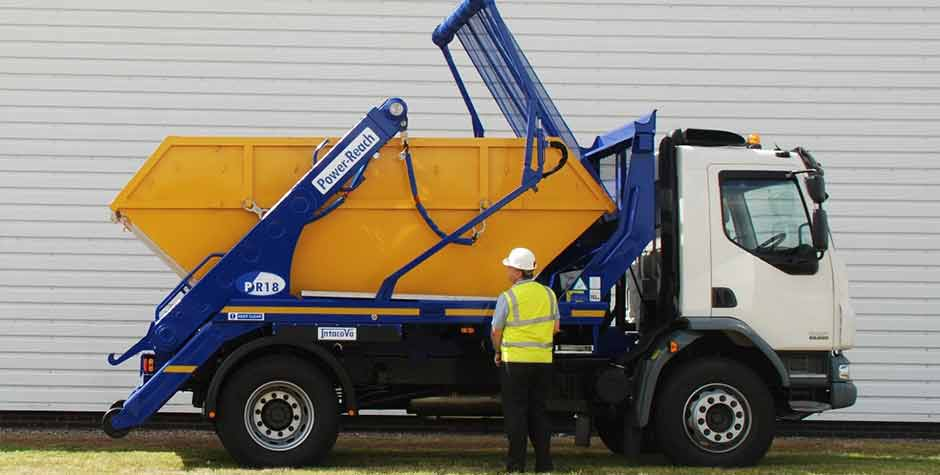 skip-hire-tamworth-Unloading-off-lorry