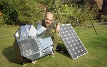 Matt Little and a Solarcooker