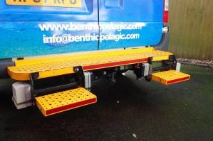 Rear safety Step