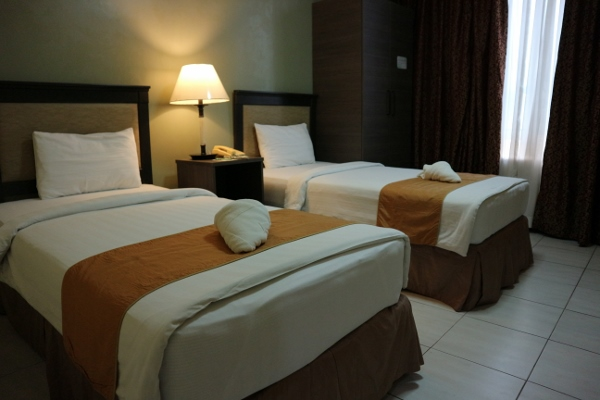 The Maxwell Hotel: Simple, Clean, And Affordable   Skip The Flip